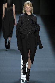 Vera Wang, Look #25