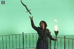 Once Upon a Time in Wonderland - Episode 1.09 - Nothing to Fear - Promotional and BTS Photos  (12)
