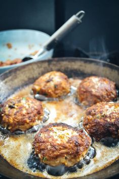 Grandma's meatballs recipe Make meatballs yourself - Fleisch Crockpot Recipes, Healthy Recipes, Meatball Recipes, Meals For Two, I Foods, Food To Make, Brunch, Food And Drink, Healthy Eating