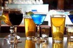 A simples escolha de misturar ou não bebidas alcoólicas com refrigerantes diet ou regulares pode afetar a forma como se fica intoxicado, sugere um novo estudo.