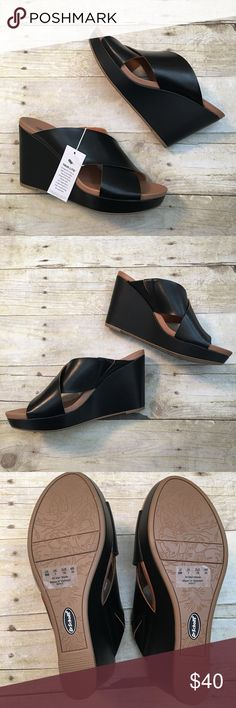 """Dr. Scholl's 'Mixit' Wedge NWT these Slide sandals are perfect for amping up your style level thanks to a platform and cushioned footbed. Faux leather upper with rubber sole. 1"""" platform and 3.75"""" wedge heel. Thanks for shopping in my closet! Dr. Scholl's Shoes Wedges"""