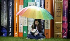 Feature on how to write a book review (in the Guardian at http://www.guardian.co.uk/childrens-books-site/2011/may/26/writing-book-review)