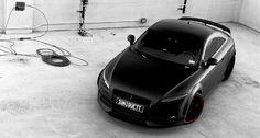 Flat black Audi TT met Oettinger bodykit