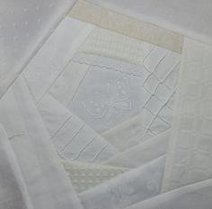 Mein Weißquilt wird einige Zeit in Anspruch nehmen. Im Moment gehe ich davon aus, dass ich mindestens 48 Blöcke benötige - das ist schon n...