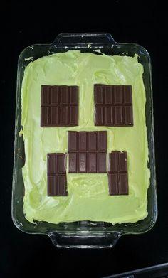 Super Easy Minecraft Creeper Cake I like the  using hershey squares  idea!