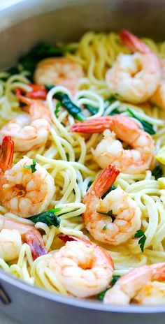 Shrimp Pasta - enkelt pastarecept med räkor, spaghetti i en smörig . - Rezepte -Creamy Shrimp Pasta - enkelt pastarecept med räkor, spaghetti i en smörig . - Rezepte - Shrimp with Garlic and Lemon Spaghetti With Shrimp Recipes, Creamy Shrimp Pasta, Shrimp Pasta Recipes, Easy Pasta Recipes, Easy Delicious Recipes, Fish Recipes, Seafood Recipes, Easy Meals, Cooking Recipes