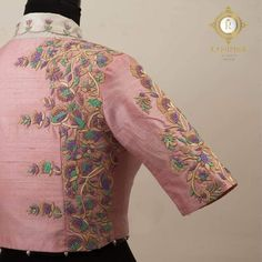 Embroidery Hand Pastels that sooth the eyes. Stunning blush pink color designer blouse with floral design hand embroidery thread work. Hand Work Blouse Design, Simple Blouse Designs, Designer Blouse Patterns, Fancy Blouse Designs, Blouse Neck Designs, Sleeve Designs, Maggam Work Designs, Lesage, Embroidery Thread