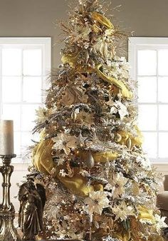 click pic 30 christmas tree decorating ideas gold christmas tree diy christmas decorations - Gold Christmas Decorations