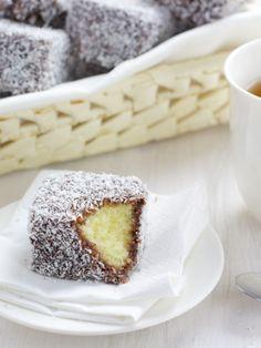 Lamingtons Australian Food, Toast, Pudding, Sweets, Fresh, Dinner, Desserts, Recipes, Foods