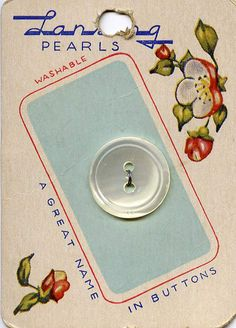 vintage card of buttons by karly b, via Flickr