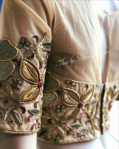 All Ethnic Customization with Hand Embroidery & beautiful Zardosi Art by Expert & Experienced Artist That reflect in Blouse , Lehenga & Sarees Designer creativity that will sunshine You & your Party Worldwide Delivery. Fancy Blouse Designs, Bridal Blouse Designs, Saree Blouse Designs, Embroidery On Kurtis, Embroidery Fashion, Embroidery Suits Design, Hand Embroidery Designs, Designer Blouse Patterns, Embroidered Clothes