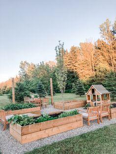 Backyard Garden Design, Vegetable Garden Design, Backyard Patio, Backyard Landscaping, Farm Gardens, Outdoor Gardens, Compost, Summer Garden, Garden Oasis