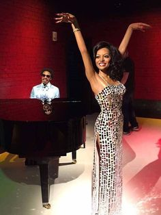 Stevie Wonder and Diana Ross wax figures at Madam Tussaud's Wax Museum Black Is Beautiful, Beautiful People, Diana Ross Supremes, Tracee Ellis Ross, Vintage Black Glamour, Madame Tussauds, Stevie Wonder, Hollywood Glamour, Celebrity Style