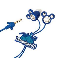 Not everyone can get themselves to Disneyland in time for the celebration but they still want to commemorate it! Let me share with you the top 10 items to buy to commemorate the Disneyland Diamond Celebration. Disney Music, Disney Home, Disney Dream, Disney Parks, Disney Dress Up, Disney Outfits, Disney Clothes, Diamond Anniversary, 60th Anniversary