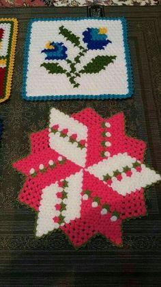 HUZUR SOKAĞI (Yaşamaya Değer Hobiler) Easy Crochet Patterns, Free Crochet, Knit Crochet, Teapot Cover, Yarn Shop, Crochet Flowers, Vintage Patterns, Bohemian Rug, Diy And Crafts