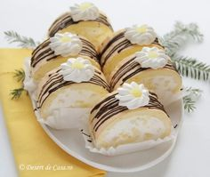 Rulada diplomat cu ananas - Desert De Casa - Maria Popa Kitchens, Cooking Recipes, Pastel, Sweets, Cakes, Desserts, Food, Pineapple, Sweet Pastries