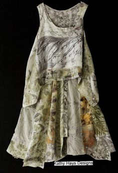 Kathy Hays Designs: Eco prints and Lagen look Shibori, Natural Clothing, Eco Clothing, Mori Girl Fashion, Layered Fashion, Textiles, Altering Clothes, How To Dye Fabric, Dyeing Fabric