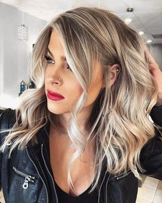 113 Fantastic Brunette Balayage Hair Color Ideas to Look Amazing – Hair – Hair is craft Hair Color Balayage, Fall Blonde Hair Color, Thick Blonde Hair, Beige Blonde Balayage, Make Up Blonde Hair, Long Blonde Bobs, Makeup For Blonde Hair, Thick Blonde Highlights, Blonde Highlights Bob Haircut