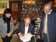 Federico Conforto and Wilbur Smith on 2013 THE FIRT BIG STEP ON BOOKS FIELD BY THE ITALIAN BOOKCLUB  WHAT'S ON NOW ? ON 2015 PARTNERSHIP WITH AMERICAN COMPANY luvitstudio.com   http://www.briefingwire.com/pr/the-italian-bookclub-soul-ah-mazing-at-the-bologna-childrens-book-fair