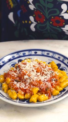 Gnocchi de abóbora ao molho sugo para um almoço em família completo e delicioso!