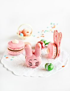 Now that I've got the macarons thing down...hippity hop hop!