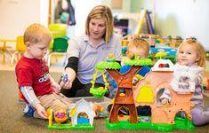 Букет I - Зелена учионица School, Kids, Crafts, Group, Diy Gifts, Young Children, Boys, Manualidades, Children