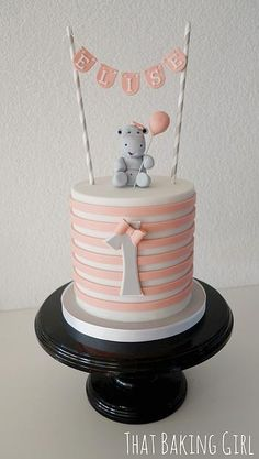 Hippo Cake Idea: Tiffany blue stripes, elephant in same grey shade with blue balloon                                                                                                                                                                                 Mehr