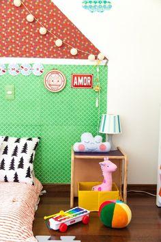 Pin de NaToca.com.br Colchão no piso com casinha na parede - criação de Flavia Rubim (foto: Kassius Trindade)