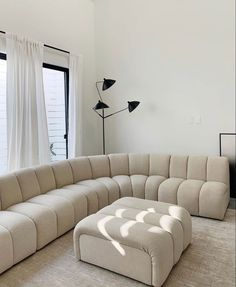 this is making me want to redo my living room 🛋 photo: Dream Home Design, Home Interior Design, House Design, Interior Ideas, Home Living Room, Living Room Decor, Living Spaces, Bedroom Decor, Style Deco