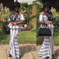 Style Queen @lildaish #kaba #slit #styleinspiration #prints