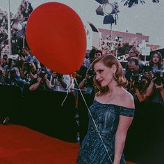 It Movie Cast, It Cast, Perfect Redhead, Jessica Chastain, Beautiful Celebrities, Girl Power, Queen, Actors, Concert
