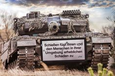 Die Wiederkehr des deutschen Militarismus und die Auseinandersetzung an der Berliner Humboldt-Universität. Im Mai 2015 entfachten die Medien einen Sturm gegen kritische Studierende der Berliner Hum…