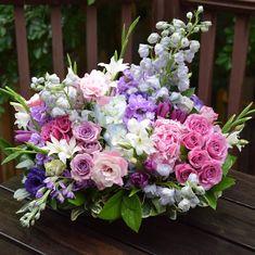 Pink Flower Arrangements, Flower Centerpieces, Table Centerpieces, Pretty Flowers, Fresh Flowers, Pink Flowers, Memorial Flowers, Local Florist, Flower Delivery