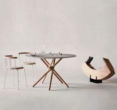 Et spisebord tjener ikke bare et praktisk formål, men bidrar også med stil og eleganse til spisestuen. Her finner du et bredt utvalg spisebord fra kjente designere i forskjellige materialer og prisklasser, til ulike formål og interiørkonsept. Hvilket spisebord er din favoritt?  HÅNDLAGET SPISEBORD: Hector, 25 500 kr, Eberhart Furniture. Dining Room Chairs, Dining Table, Danish Furniture, White Concrete, High Quality Furniture, Solid Oak, Keep It Cleaner, Black And Grey, Inspiration