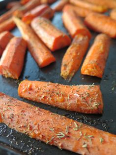 {Roasted carrots: simple healthy side dish}