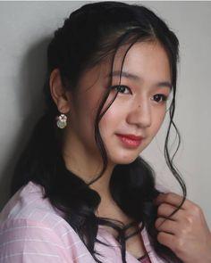 Her Cast, Filipina Beauty, Pearl Earrings, Hoop Earrings, Celebrity Portraits, Aesthetic Girl, My Idol, Makeup Looks, Actors