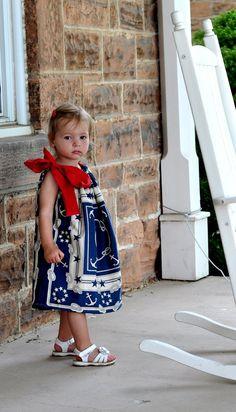 Aesthetic Nest: Sewing: Patriotic Pillowcase Dresses