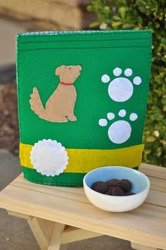 Felt Dog Food Bag and Dry Food for Pretend Play by TheFeltedPear, $21.00