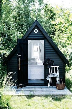 25 Cute And Inspiring Garden Shed Ideas, - Garden Care, Garden Design and Gardening Supplies Home Design, Design Ideas, Painted Garden Sheds, Wooden Garden, Shed Conversion Ideas, Garden Shed Interiors, Interior Garden, Shed Decor, Home And Garden Store