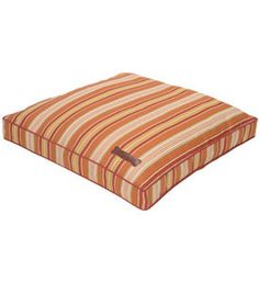 Luxury in/outdoor dog bed