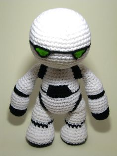 Marvin the Robot - Hitchhiker's Guide Crochet by ADayToCrochet.deviantart.com on @deviantART