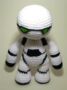Marvin the Robot - Hitchhiker's Guide Crochet by ADayToCrochet.deviantart.com on @deviantART