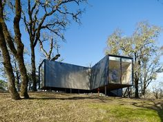Moose Road Residence by Mork Ulnes Architects