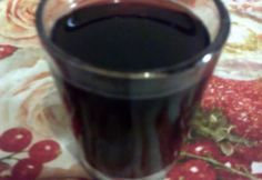 Csokis meggylikőr házilag Drinking Tea, Red Wine, Alcoholic Drinks, Recipies, Food And Drink, Cooking Recipes, Tableware, Smoothie, Recipes