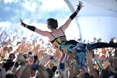 i would rather be stage diving..... :)