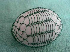 drátované vajíčka – Jarmila Vajďáková – album na Rajčeti Egg Decorating, Beads And Wire, Wire Art, Creative Art, Wire Wrapping, Easter Eggs, Easter Ideas, Fun, Jewellery