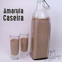 Amarula Caseira Liquidificador: 1 caixa de Creme de Leite sem o soro Meio copo d. Bar Drinks, Cocktail Drinks, Alcoholic Drinks, Beverages, Cocktails, Kitchen Recipes, Sweet Recipes, Glass Of Milk, Vodka
