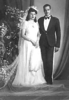 Tahia Kazem and Gamal Abdel Nasser. Egyptian Newspaper, Arab Men Fashion, President Of Egypt, Gamal Abdel Nasser, Egyptian Wedding, Arab Celebrities, Egyptian Women, Old Egypt, King Of The World