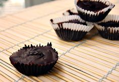 Eva Bakes - There's always room for dessert!: Homemade dark chocolate peanut butter cups