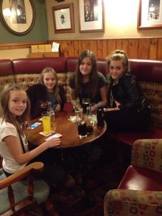 The Tomlinson sisters today! <3 Xx